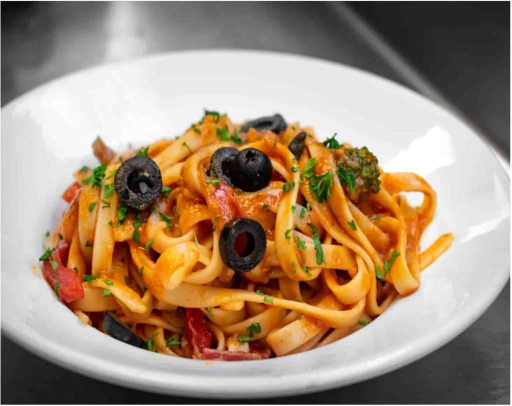 Recipes with Nadia Coetzee - Nutritionist - Root Your Health Perth Mediterranean Vegetable Pasta