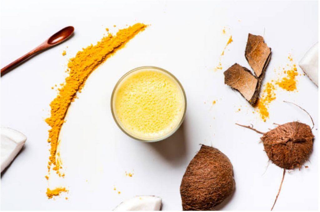 Nadia Coetzee - Nutritionist - Root Your Health - Perth - Iced Turmeric Latte
