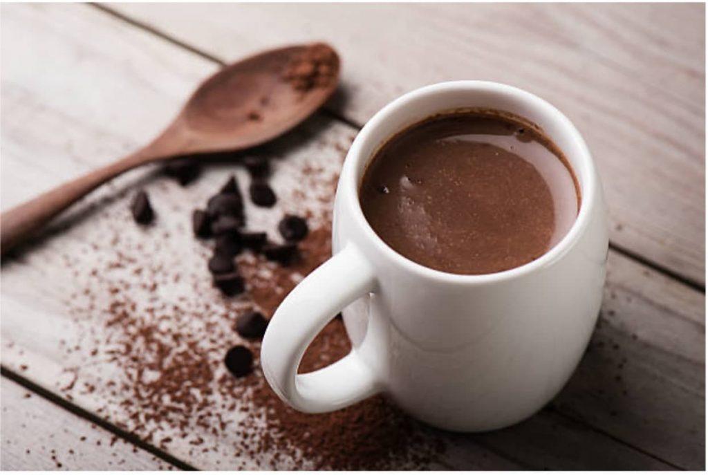 Nadia Coetzee - Nutritionist - Root Your Health - Perth - Vegan Hot Chocolate