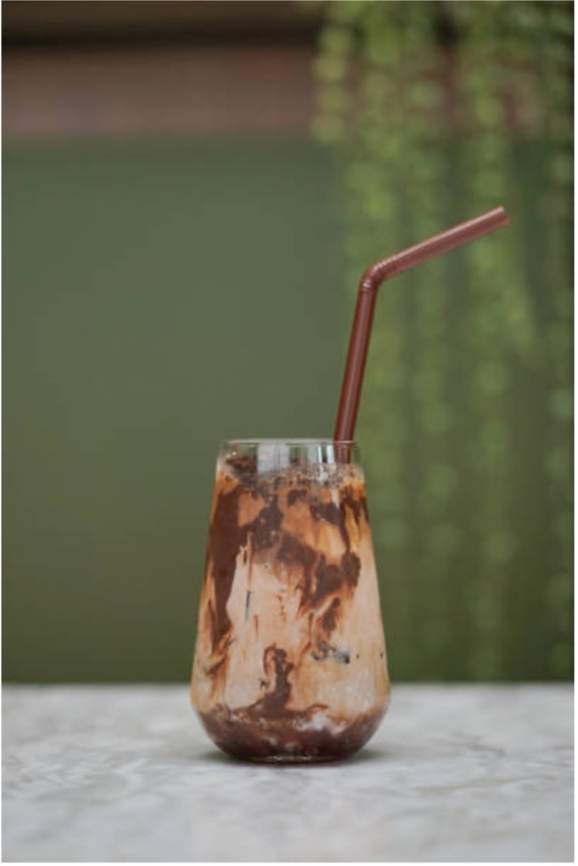 Nadia Coetzee - Nutritionist - Root Your Health - Perth - Vegan Iced Cocoa